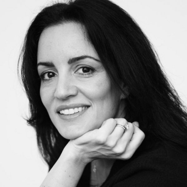 Tara Siani, award-winning hairstylist in Rhode Island